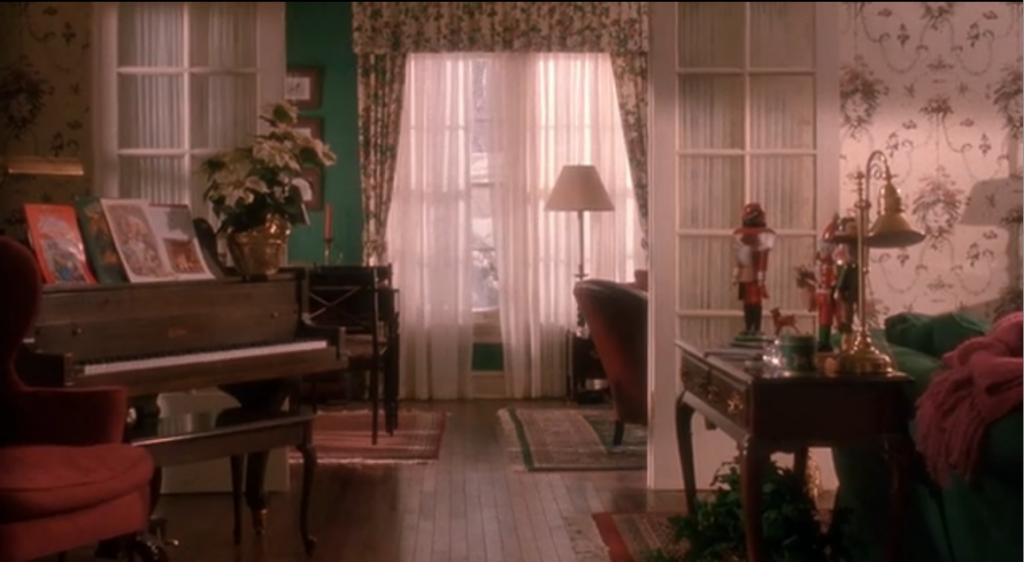 Интерьер фильма Один дома